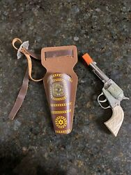 Vintage 1950s Daisy Cap Gun Nickel Plated Repeater With Leather Holster Cowboy