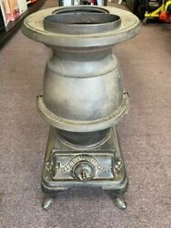 Antique Cast Iron Pot Belly Stove Prizer Glove Stove Works No 19b