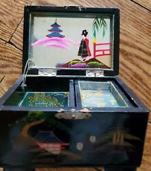 Vtg Japanese Black Lacquer Jewelry Music Box Inlaid Abalone Mother Of Pearl
