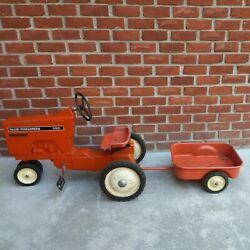Vintage Allis Chalmers 200 Pedal Tractor With Trailer Ertl