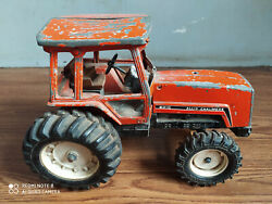Rare Vintage Allis-chalmers 8010 Big Size Diecast Toy Tractor Of 70's.