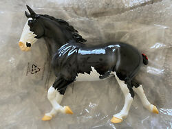 Breyer 712383 Puffin Birds Of A Feather Collector Club Lottery Wixom Mold
