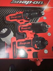 New Snap-on 14.4 V 3/8 And 1/4. Master Pack Set.