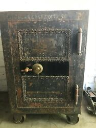 Antique Floor Safe Late 1800and039s Early 1900and039s Works With Combination