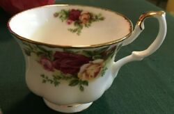 2 Each Royal Albert Old Country Roses Tea Cups