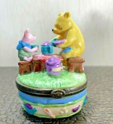 Collectible Disney Midwest Of Cannon Falls Pooh And Piglet Tea Party Trinket Box