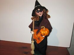 Byers Choice Spooktacular 2015 Red Headed Halloween Black Witch With Pumpkin