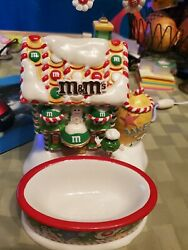 Mandmand039s Dept. 56 Santa House And Candy Dish Lighted  Pre-owned