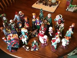 Department 56 28 Piece All Through The House Collection In Excellent Condition
