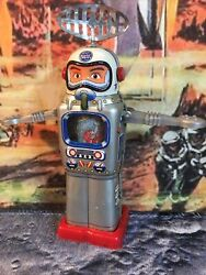 Rare 1960s Japan Alps Mechanical Television Spaceman Wind Up Tin Robot. Works