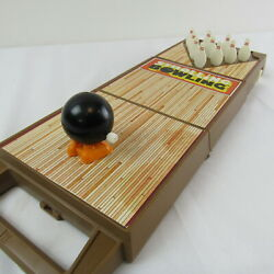 Strolling Bowling Wind-up Tomy Vintage Toy 1980 Portable Fun Game Table Top Bowl