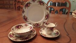 Royal Albert Old Country Roses Place Setting For 8 40 Pieces Made In England