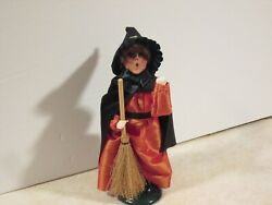 Byers Choice Spooktacular 2010 Halloween Witch Girl With Broom