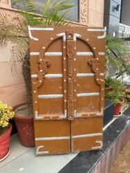 1700and039s Antique Old Wood Carved Floral Painted Castle 54 X 31and039and039 Old Jharoka Door