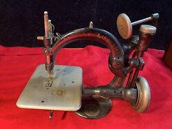 Antique Wilcox And Gibbs Table Top Sewing Machine, Cast Iron, Belt Driven