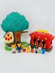 3-in-1 Daniel Tiger Transformation Treehouse And Trolley W/ 8 Figures Lot Fsh