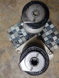 Maxwell22 Self Tailing Winches 1-pair Great Condition