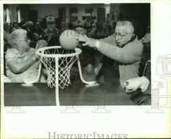 1994 Press Photo Our Lady Of Mercy Residents Play Basketball With Cub Scouts