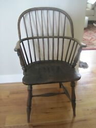Bow Back American Windsor Arm Chair Antique