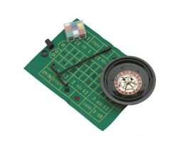 8 Roulette Set With Cards Chips And Rake