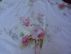 Yuwa Fabric Antique French Roses Large Beautiful Bouquets on Pink #15 Fabric