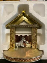Waterford Holiday Heirlooms Christmas Stable Nativity Creche Display Stand Nib