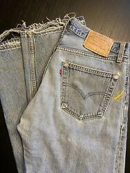 Levi 501 Vintage Made In USA Actual Size 33x28
