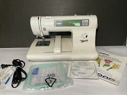 Vintage Peanuts  Brother Pe-200 Working Snoopy Sewing Machine With Accesories