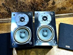 Pair Of Nht Subzero Book Shelf Speakers / 8 Ohms 14 - 100 Watts / Now Hear This