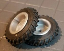 1/64 Standi 13.6-36 Single Tractor Tires And Silver Rims