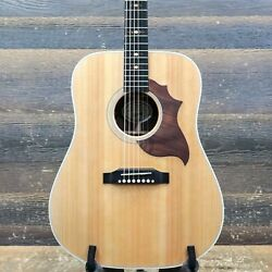 Gibson Hummingbird Sustainable Antique Natural Acoustic Electric Guitar W/case