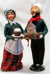 Byers Choice Christmas Sweets Man And Woman Carolers - 2021 Free Priority Shipping
