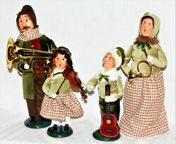 Byers Choice Musical Family 2021 Carolers - New - Free Shipping
