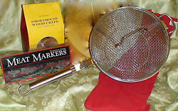 New William Sonoma Grill/bbq Set Chefs Grill Pan, Apron And Hickory Smoking Chips