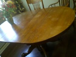 Antique Dinning Table With Claw Foot Base, Circa 1895 Plus Chairs