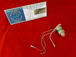 Cessna Pressure Switch P/n 0850452-3 Alt P/n 0850452-3. New/old Stock 1100.