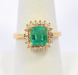 2177-18k Yellow Gold Emerald Stone And Diamond Ring 5.90 Grams Size 8