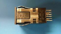 1 Pc Aml21gba2cd Honeywell Pushbutton Switches 4pdt Alternate Lighted 2 Lamps