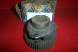 Nos Oldsmobile 1940-42 W/h.t. Transmission Front Pinion Set And Hub Unit 8607439