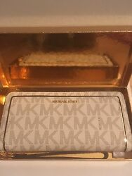 HOLIDAY EDITION MICHAEL KORS JET SET LARGE ZIP AROUND BRAND NEW TAGS BOX!