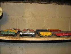 Model Trains - Rolling Stock - Ho Scale Engines And Cars