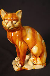 Extremely Rare Large 1800s Seated Cat Rockingham Spatter Glaze Yellow Ware Mint