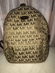 NWT Michael Kors Jet Slim backpack large Backpack . Designer bag