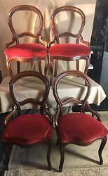 French Style Victorian Period Balloon Back Walnut Chairs Set Of 4