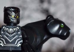 A40 Marvel Super Heroes King T'Challa With Black Panther Figure Avengers