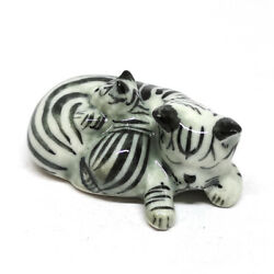Dollhouse Miniature Ceramic Cat Figurines Sleeping Gray Home Decor Collectibles