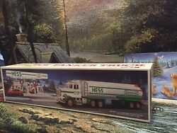 1990 Hess Truck Vintage Hard To Find Collectible Mint New In Box