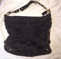 COACH BUCKET PURSE SHOULDER BAG SIGNATURE BLACK Fabric with Gold Hardware
