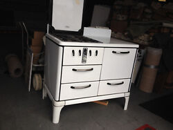 Antique White Gas Cook Stove 1930and039s Roper