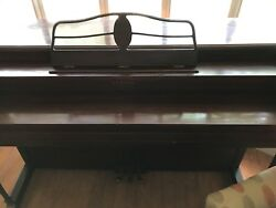 Lester Betsy Ross Sphinet Upright Piano